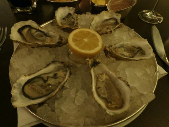 Scott's oysters fine de claire
