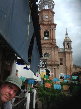 La Casa de los Omelets: View of Church