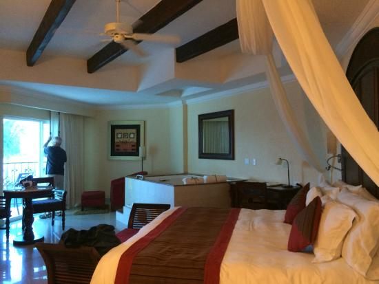 This is the interior of room 389 - Picture of Hilton Playa