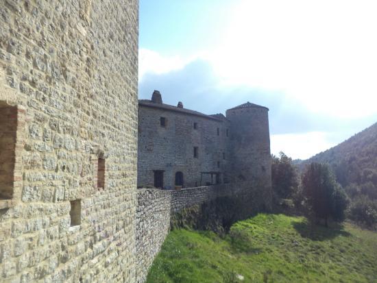 Castello Valenzino: Bello