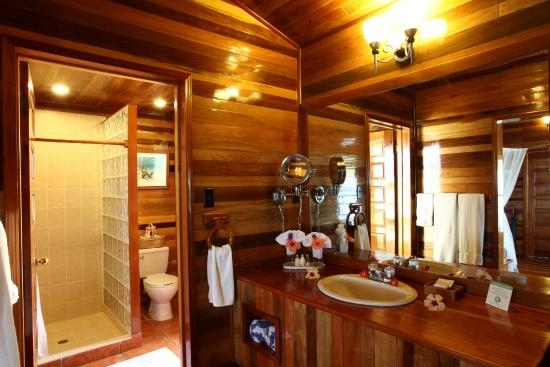 Turneffe Island Resort : Bathroom