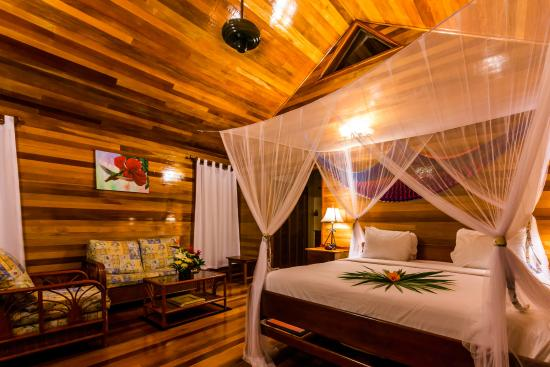 Turneffe Island Resort: Private Villa