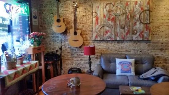 Herron's Coffee and Wine Bar