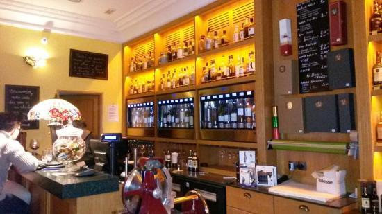 Vin Et Whisky Maison Claudel