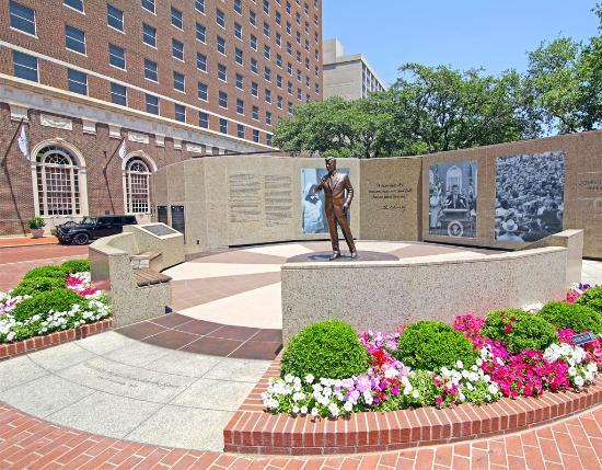 Fort Worth, TX: JFK Tribute