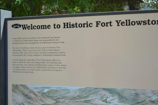 Fort Yellowstone Historic District: Fort Yellowstone bezoekerscentrum