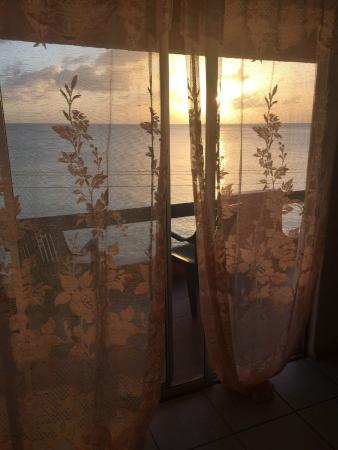 3 Martini Beach Bar Restaurant and Apartments: window