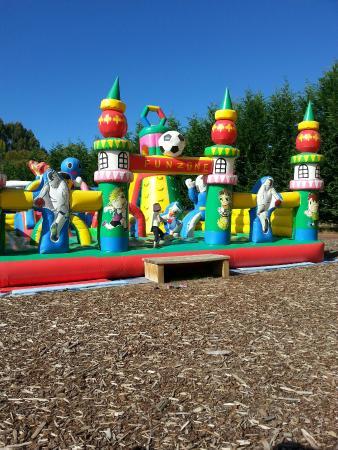 Big Rock Fun Park: Awesome playground!