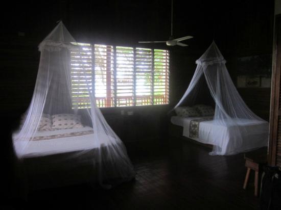 Hotel Kelly Creek: bedroom