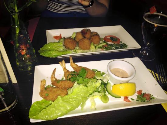 George & Dragon: prawn and stuffed peppers starters