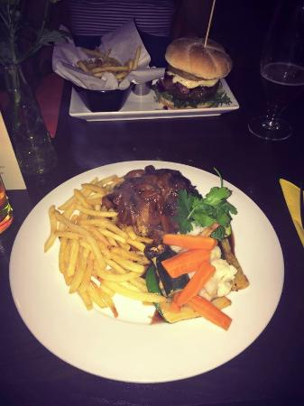 George & Dragon: burger and duck main meals
