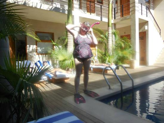 Hotel Casa Tota: Me being silly by the pool