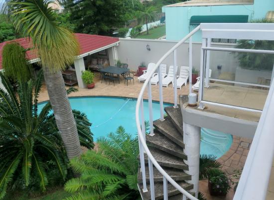 Kingston House B&B : Inviting You For a Dip