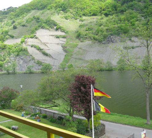 Krone Hotel-Traben Trarbach: The Mosel, from the balcony