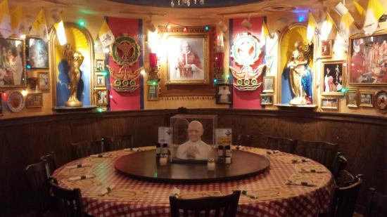 Buca Di Beppo Kitchen Table