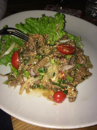 TUK TUK : Thai Street Food: Salade de Boeuf a la citronnelle