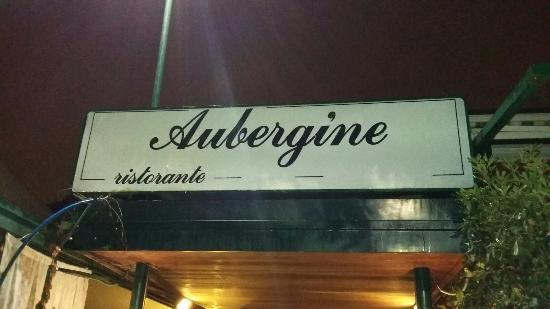 Aubergine : Insegna esterna