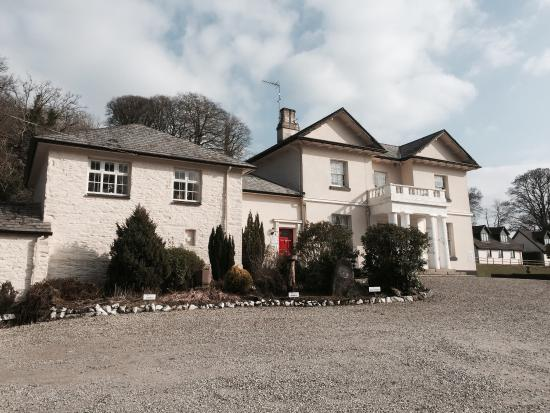 Rosecraddoc Manor: Exterior of Manor House March 2015