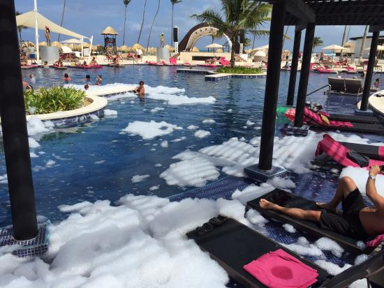 Pool picture of chic by royalton luxury resorts uvero for Pool show toronto 2015