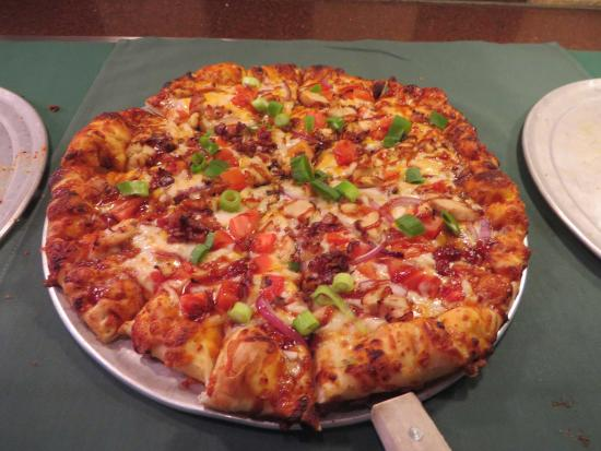 Round Table Lunch Buffet.Lunch Buffet Special Picture Of Round Table Pizza Moreno Valley