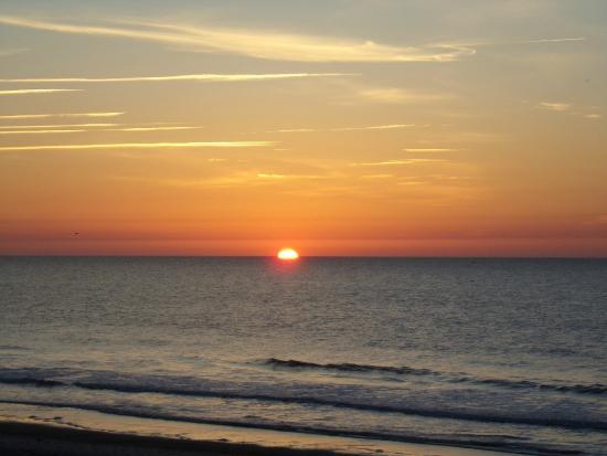 Jade Tree Cove Resort : Sunrise