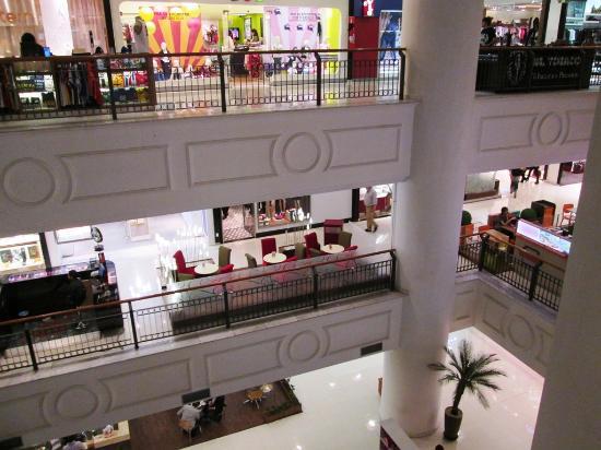 Shopping Patio Paulista: Interna Do Shopping: Gesso E Pés Direitos Baixos