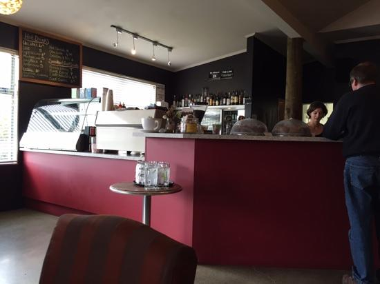 Poppies Cafe: very pleasant lunch.