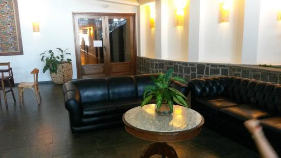 Hotel Mercedes: Sala de estar do cafe da manhã