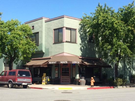 San Mateo, Kalifornien: Nini's