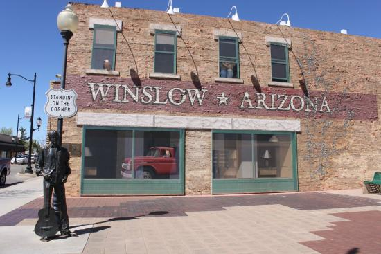 """Bojo's Grill & Sports Club : Winslow AZ. 'The corner"""" - What a fine site to see."""