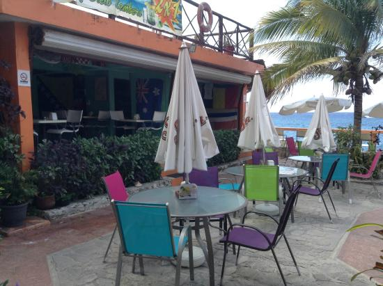 The patio picture of no name bar and grill cozumel for The terrace bar and grill