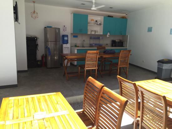 Second Wind Hostel by Mnl: Kitchen