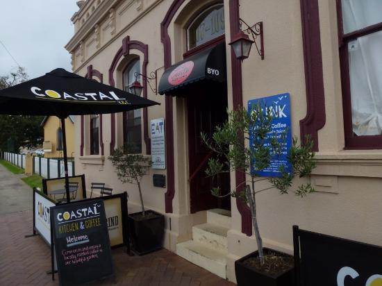 Coastal Kitchen and Coffee: Street frontage