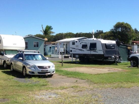 Oxely Anchorage Caravan Park: Grey Nomads