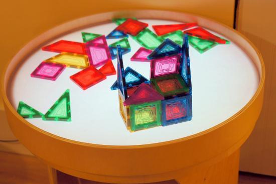 Wonderful Wonderfeet Kids Museum: Magnetic Shapes On Colored Light Table