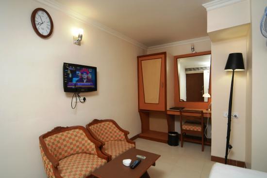 Epsilon the Hotel: Super Deluxe Room Interior