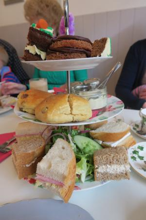 Lavender Tea Rooms: High Tea
