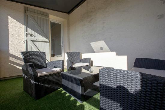 hotel adelie : terrasse privé chambre terrasse