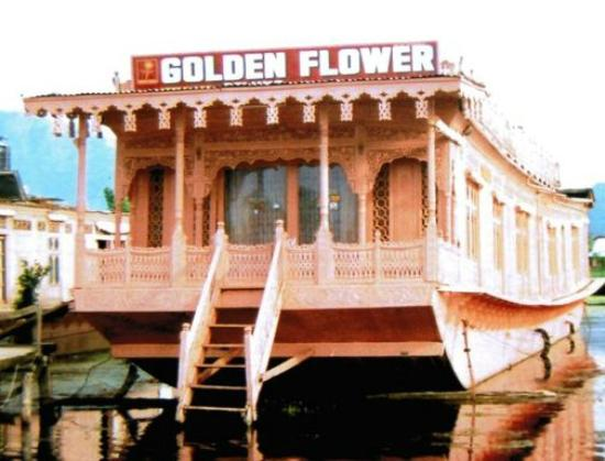 Golden Flower Heritage Houseboat