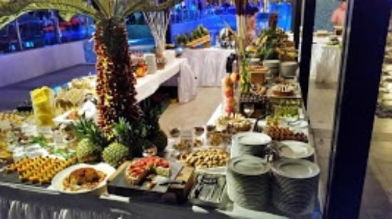 DoubleTree by Hilton Resort & Spa Marjan Island: Marjan Night