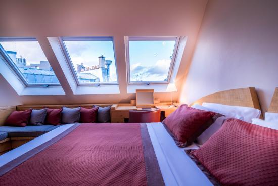 Photo of L'Hotel Pergolese Paris
