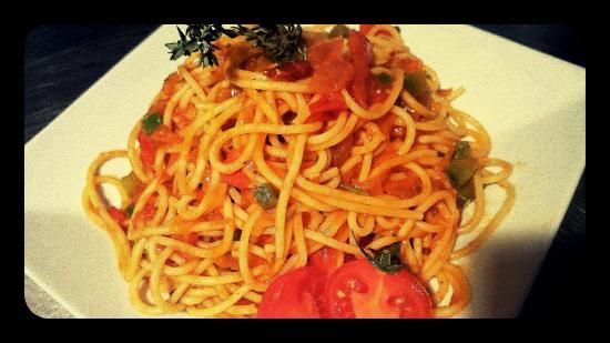 Glyfada, Grecia: spaghetti arrabiata