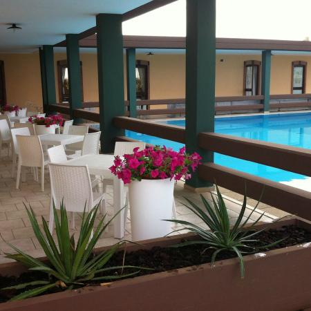 terrazza con piscina - Picture of Villa Calendano, Corato - TripAdvisor