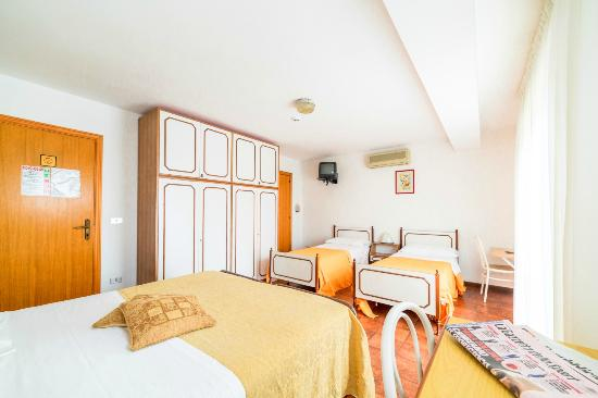 Hotel Maestrale : Camera quadrupla