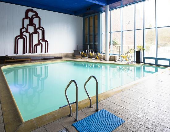 Hampton's Hotel : Piscine