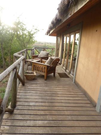 Escarpment Luxury Lodge: Veranda