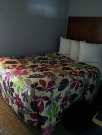 St. Clements Suites: 1 sm bdrm dbl bed
