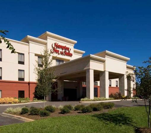 Hampton Inn & Suites Dothan Exterior