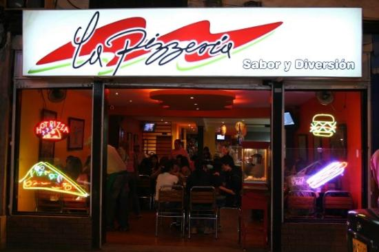 La Pizzeria Sabor y Diversion