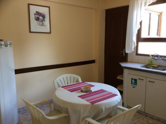 Apart Hotel Violetta's: Kitchen